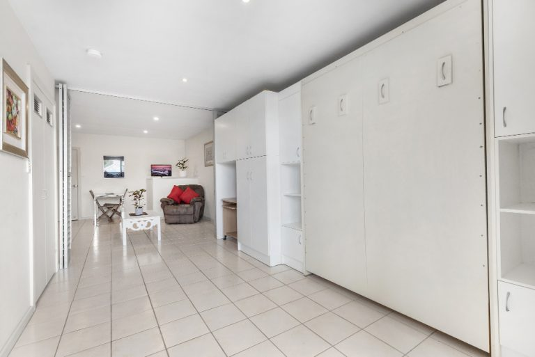 3 / 13 Beaumont St Islington NSW 2296 - Bed Up